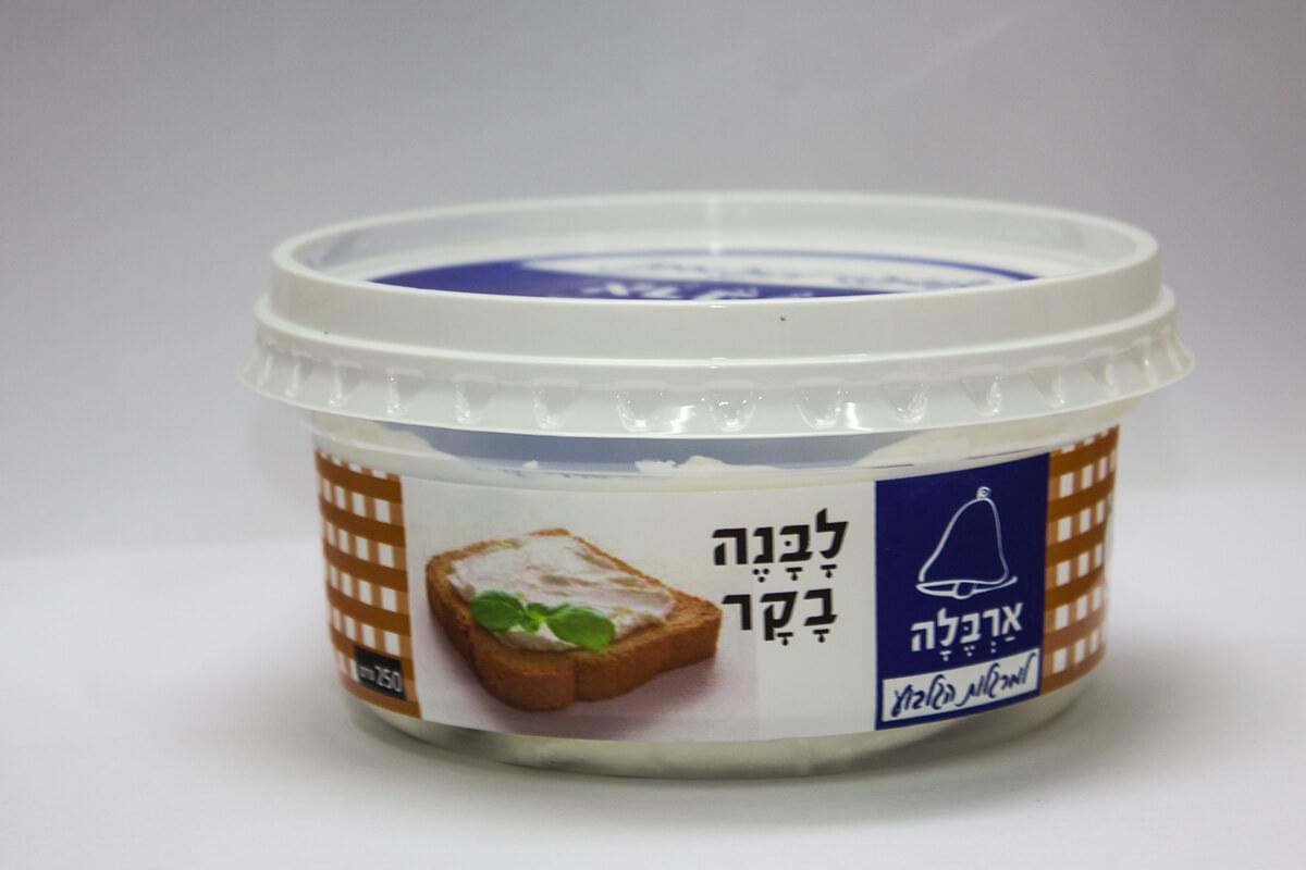 גבינת לבנה מחלב בקר